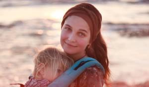 אמהות נהנות יותר: 4 מחקרים המוכיחים זאת