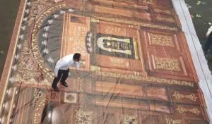 הקמת הסוכה הגדולה - התרגשות בבויאן לקראת הכנסת ספר תורה