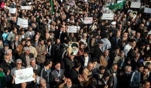 האיראנים מפגינים השבוע ברחובות טהרן