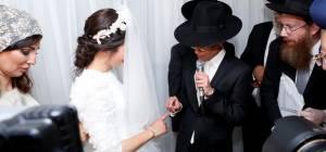 """חתונת נכדת הראשל""""צ הגר""""ש עמאר • צפו"""
