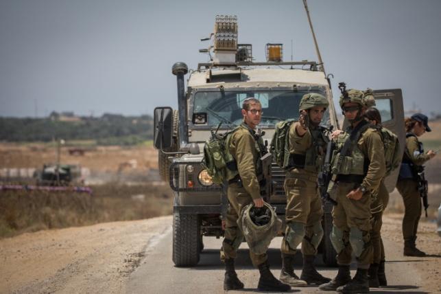 """צה""""ל ירה על ארבעה מחבלים בגבול עזה"""