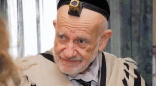 המקובל רבי שריה דבילצקי - התפללו: המקובל הישיש מבני ברק  - אושפז