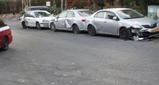 אילוסטרציה, ארכיון - נהג בשכרות פגע ב-7 רכבים חונים וברח
