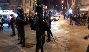שוטרים בשכונת גאולה בירושלים