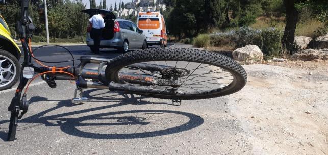 כביש רמות: רוכב אופניים נפצע באורח קשה