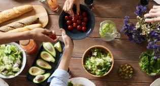 ההשלכות השליליות של אכילה מהירה