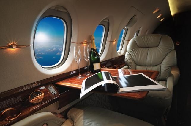גם זו שיטה (נלוזה) לקבל שדרוג למחלקת עסקים בטיסה