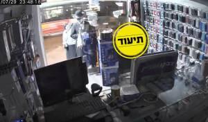 ונדליזם ב'גאולה': חנויות שסרבו לשלם על הכשרות - ניזוקו