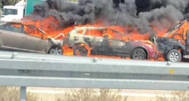 הרכבים נשרפים