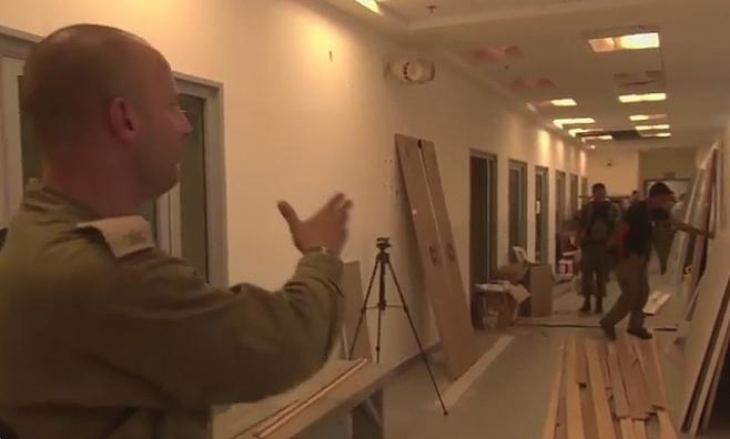 """צפו: הקמת בית החולים הצה""""לי"""