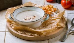 מרק פטריות קרמי ועשיר