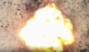 צילום מרחפן: רגע התפוצצות בלוני תבערה