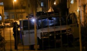 ניידת משטרה בציר בר אילן, אמש