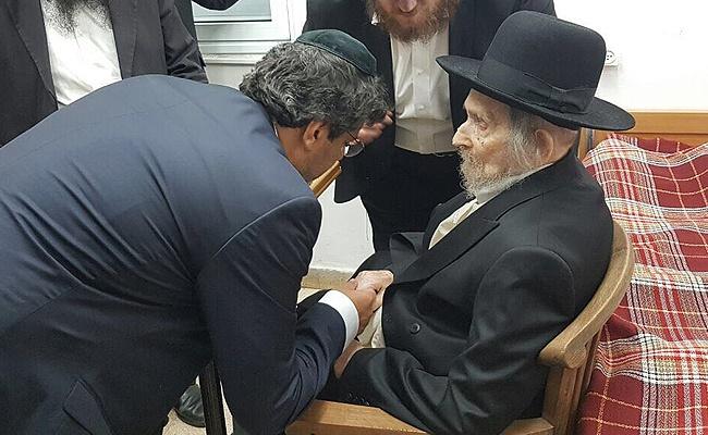 חביב אצל מרן הרב שטיינמן - תיעוד: גדולי ישראל בירכו את מאיר חביב