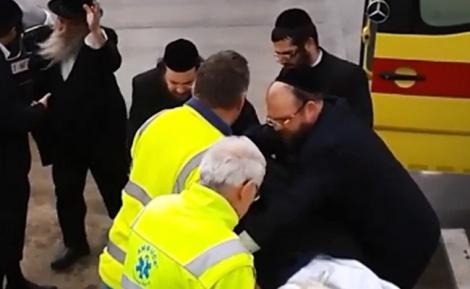 פינוי הגיסים לישראל - מנדי התעורר שבועיים אחרי הפיגוע: 'זוכר הכל'