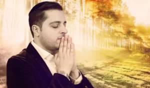"""משה דוויק בסינגל חדש - """"עולם כה יפה"""""""