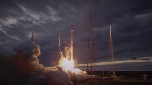 רקטת הפלקון 9 בשיגור