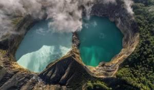 הר געש באינדונזיה