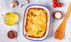 תבשיל תפוחי אדמה מגורדים וגבינה נמסה