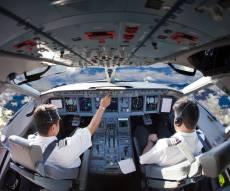 תא הטייס במטוס 'בואינג'