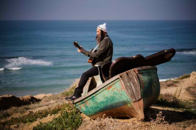 """עודד מנשרי בקליפ חדש: """"עד הים האחרון"""""""