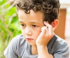 אילוסטרציה - משפחות אומנה נגד החלטת משרד הרווחה: פוגע בילדים