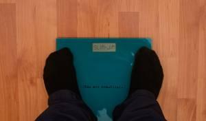 מד משקל הוסר כדי לא לפגוע בכבדי משקל