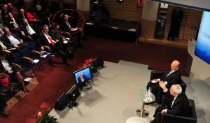 יעלון מקשיב לשר החוץ האיראני