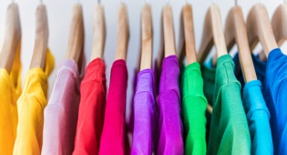 משרד הכלכלה מקל על יבואני הבגדים