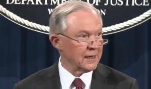 התובע הכללי השעה עצמו מחקירת ה-FBI