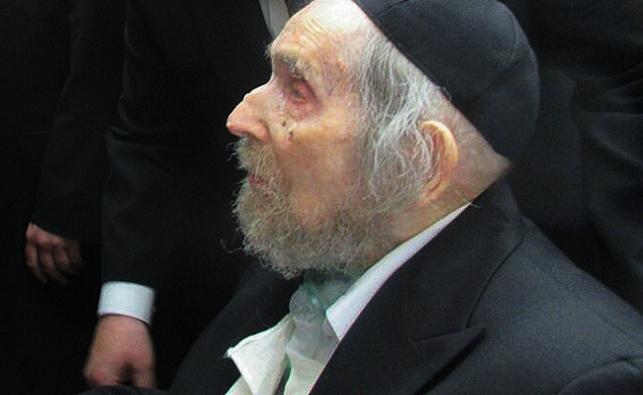 מרן הרב שטיינמן בחג הפסח האחרון