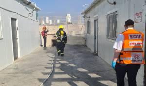 אש פרצה בישיבה; בחור ואיש צוות נפצעו