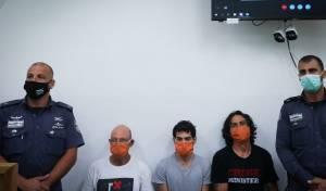 שלושת העצורים בבית המשפט
