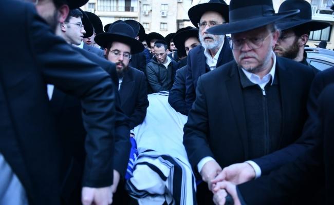 """מסע הלוויה של האברך רבי יוסף פלמן זצ""""ל"""