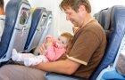 איך לטוס עם תינוק ולנחות בשלום