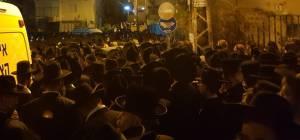 """המונים ליוו את האב הרב יצחק מאיר וייס ז""""ל"""