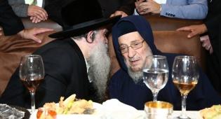 צפו: רבי רפאל אבוחצירא השיא את בן זקוניו