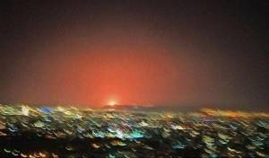 האש מהפיצוץ בשבוע שעבר