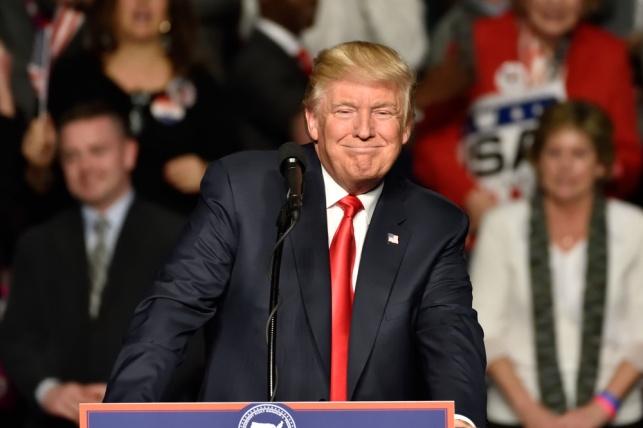 הציוצים של טראמפ מנהלים את וול סטריט