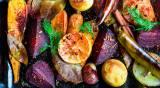 תוספת בריאה ומנחמת. ירקות שורש צלויים