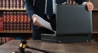 השוק מוצף בעורכי דין? אילוסטרציה