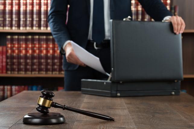 """השוק מוצף בעורכי דין? אילוסטרציה - השוק מוצף בעורכי דין? """"עדיין יש ביקוש לעו""""ד טובים"""""""