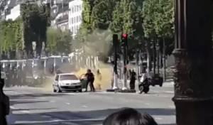 מחבל ניסה לבצע פיגוע דריסה בפריז ונהרג