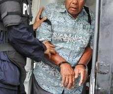 דוריס פיין, גנבת התכשיטים - האזיק שידר והגנבת בת ה-86 נתפסה על חם