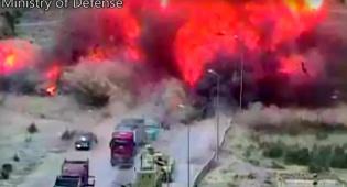 תיעוד האירוע - הטנק דרס את מכונית התופת - שהתפוצצה רחוק