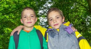 מדוע תאומים זהים מאריכים יותר שנים?