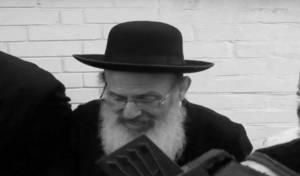 """משה יעקב בן ארויה בסינגל חדש: """"אחליי"""""""