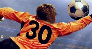 כואב: נער הכדורים חטף 'טיל' לפנים