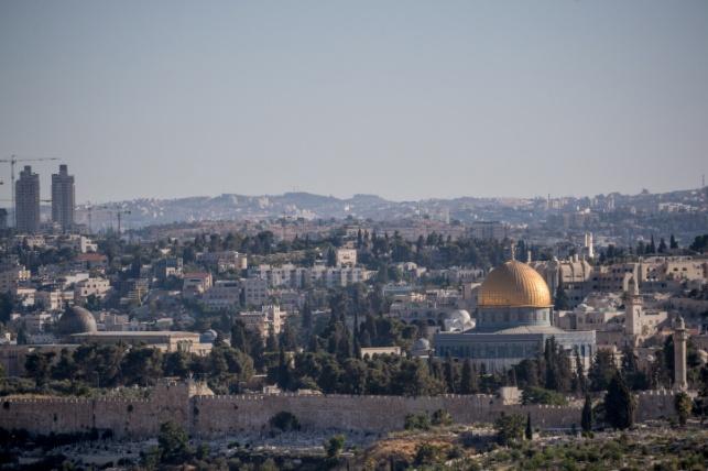 עדיין חם גם בירושלים