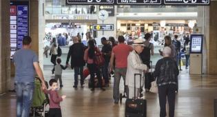 """שדה התעופה בן גוריון ביום רגוע יותר - בלגן בנתב""""ג בגלל תקלה במערכת הבידוק"""